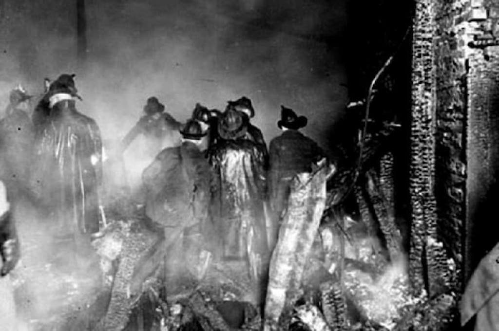 Photo of the Firefighters during the April 1924 fire.