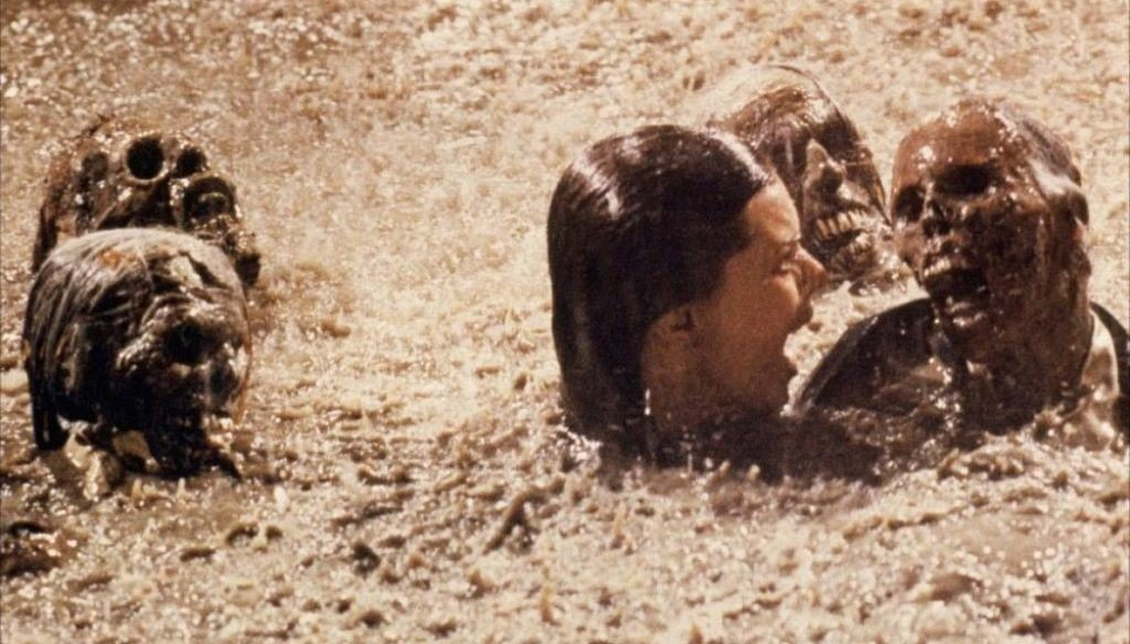 Real skeletons were used on the set of Poltergeist. Source: twitter.com