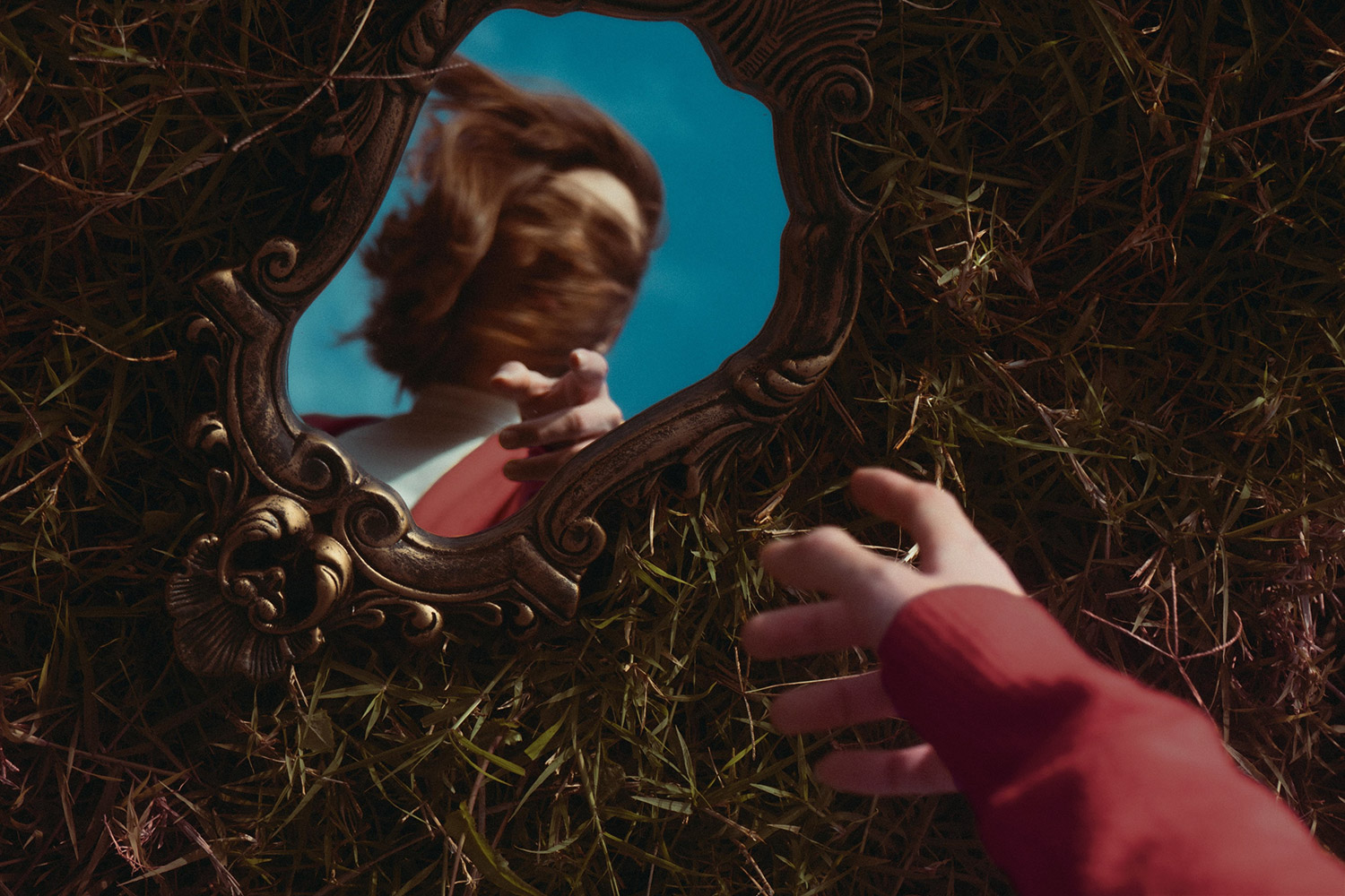 Haunted Mirror for Sale–Is The Risk Worth It?
